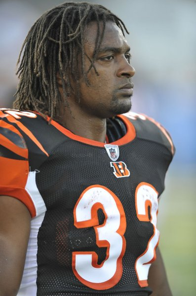 The Cincinnati Bengals' Cedric Benson began serving a jail sentence in Texas for a 2010 assault after surrendering himself to authorities, his attorney said. UPI/David Richard
