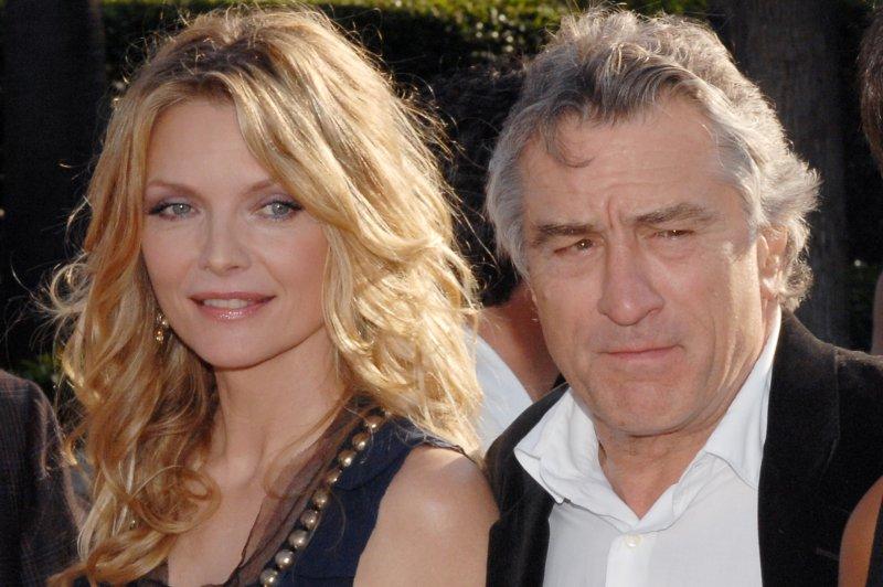 Michelle Pfieffer (L), and Robert De Niro (R). (UPI Photo/Jim Ruymen)