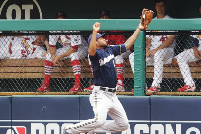 Chris Carter's two homers lead Milwaukee Brewers' victory over Miami Marlins