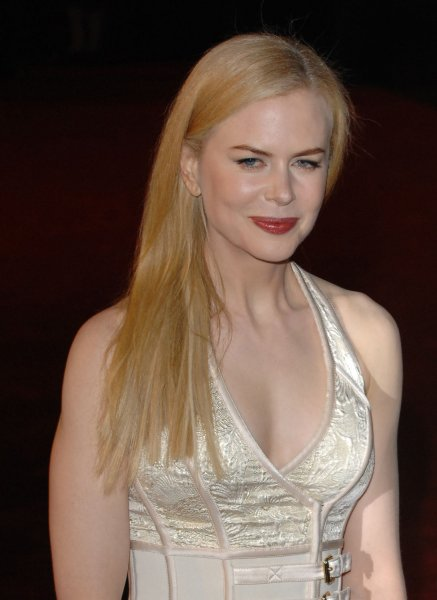 Australian actress Nicole Kidman attends the world premiere of The Golden Compass at Odeon, Leicester Square in London on November 27, 2007. (UPI Photo/Rune Hellestad)