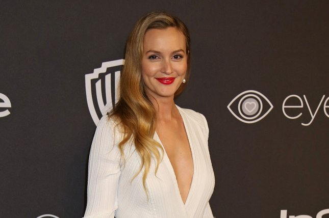 Look Leighton Meester Debuts New Platinum Blonde Hair