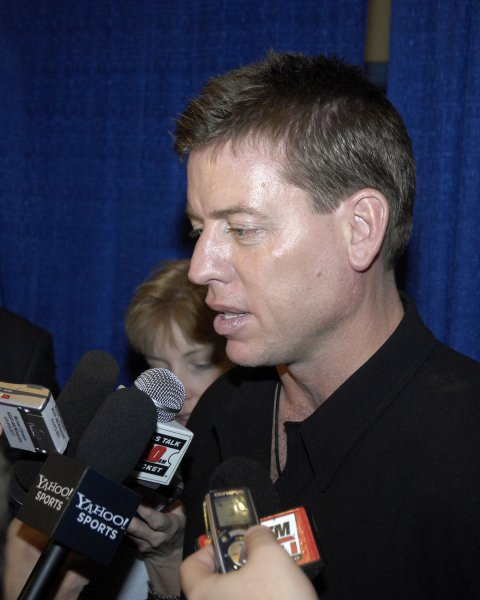 Quarterback Troy Aikman of the Dallas Cowboys is on hand to congratulate former teammate wide receiver Michael Irvin, who was selected to the Pro Football Hall of Fame during a press briefing in Miami on February 3, 2007. (UPI Photo/Joe Marino-Bill Cantrell)