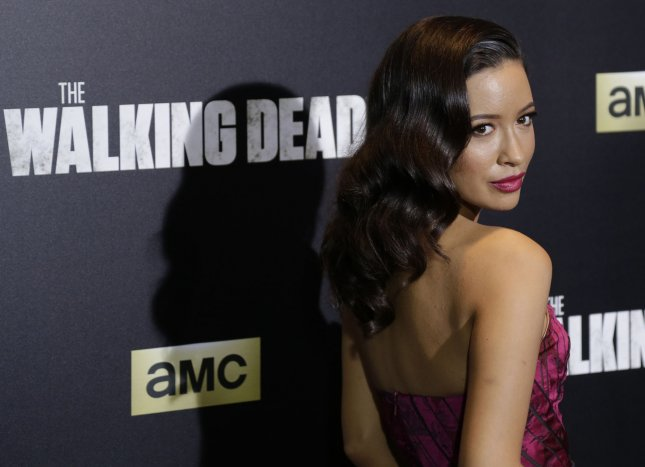 'Walking Dead' actress Christian Serratos in talks for 'Selena' role