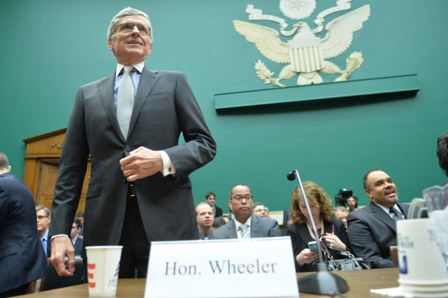 FCC to vote on letting cities set up broadband networks that are 100 times faster than average