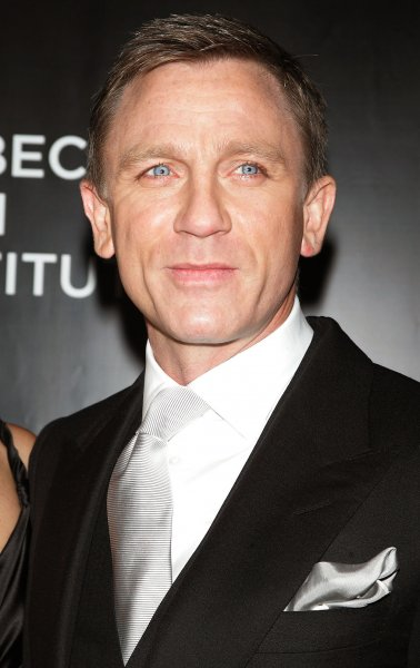 Daniel Craig arrives for the Tribeca Film Institute Benefit Screening of Quantum of Solace at the AMC Lincoln Square Theater in New York on November 11, 2008. (UPI Photo/Laura Cavanaugh)
