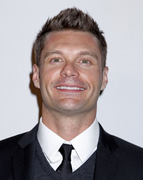 Ryan Seacrest arrives on the red carpet before the annual Clive Davis Pre-Grammy Gala in Beverly Hills, California on January 30, 2010. (UPI/David Silpa)
