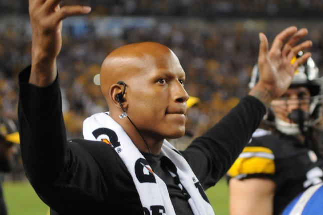 Pittsburgh Steelers linebacker Ryan Shazier (50) became the third Steelers player to receive the George Halas Award. File Photo by Archie Carpenter/UPI