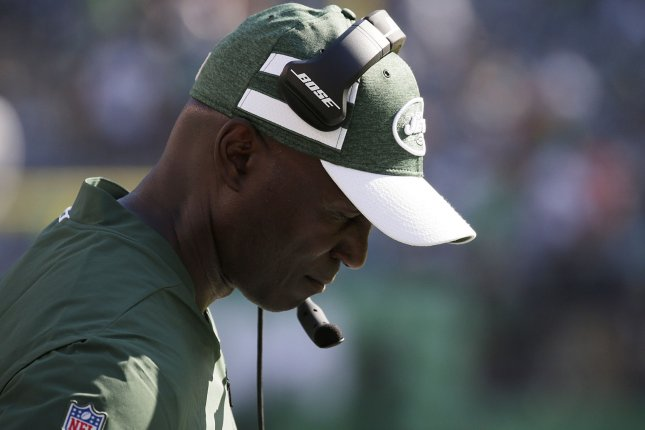 New York Jets head coach Todd Bowles stands on the sidelines in the final minutes of the 4th quarter against the Miami Dolphins in Week 2 of the NFL season on September 16 at MetLife Stadium in East Rutherford, N.J. Photo by John Angelillo/UPI