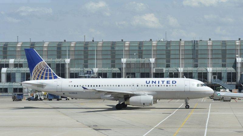 Lawsuit claims United let passenger masturbate through flight