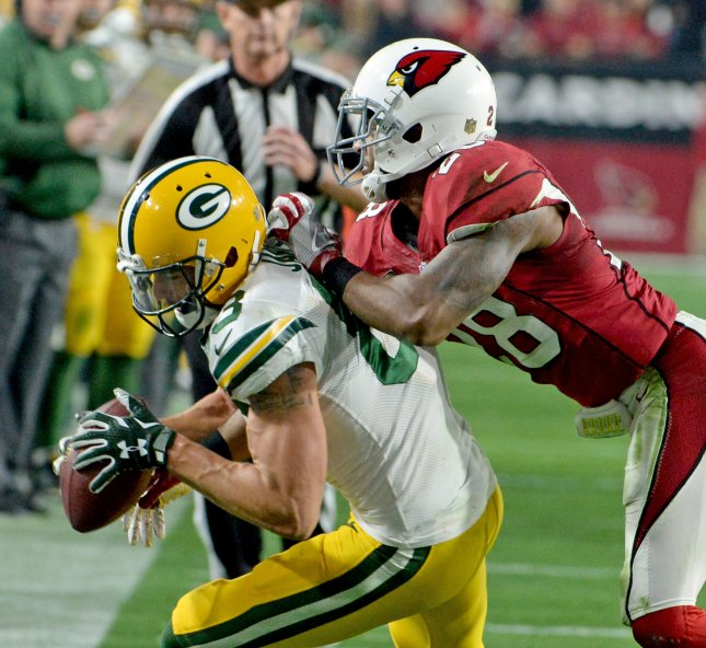 Green Bay Packers receiver Jeff Janis (L) in the second quarter vs. Arizona Cardinals on Jan. 16. Janis is out up to six weks with a broken hand. File photo by Art Foxall/UPI