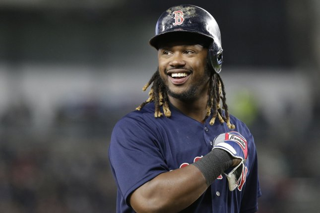 021d1f6ad37 Hanley Ramirez s clutch hitting leads Boston Red Sox to victory over  Pittsburgh Pirates