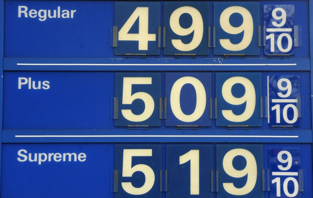 Gas prices reach five dollars per gallon at a gas station in Washington, DC on April 19, 2011. UPI/Roger L. Wollenberg