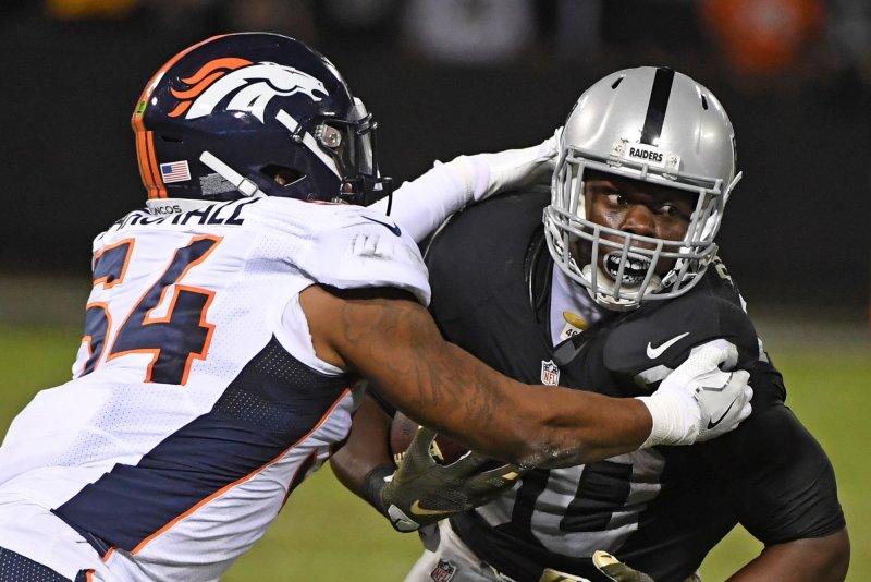 the latest e0275 df2a3 Oakland Raiders release veteran LB Brandon Marshall - UPI.com