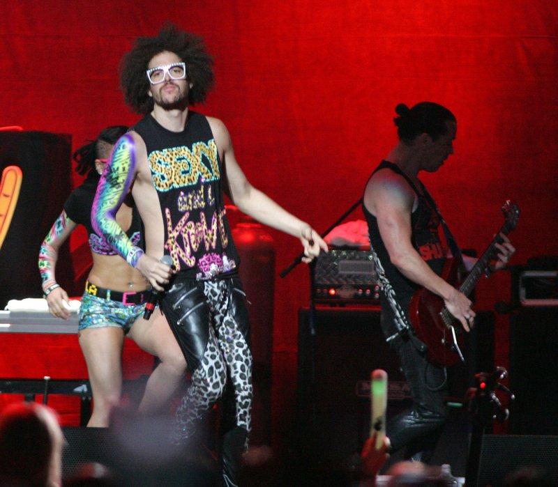 Sexy' tops the U S  record chart - UPI com