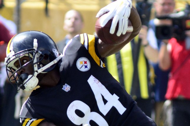 new concept 49158 db7a1 Ward 'embarrassed' by actions of Steelers WR Brown - UPI.com