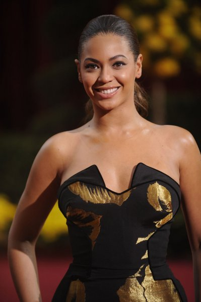 Beyonce Knowles arrives at the 81st Academy Awards in Hollywood on February 22, 2009. (UPI Photo/Phil McCarten)