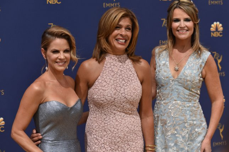 Drew Barrymore Savannah Guthrie Collaborate On Princesses Tv Show Upi Com
