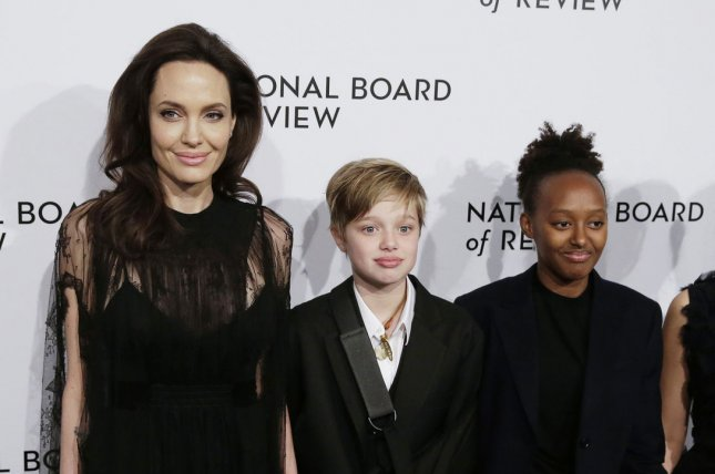 Angelina Jolie encourages daughters to 'fight' for women's rights