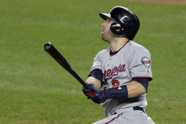 Brian Dozier's 24-game hitting streak ends