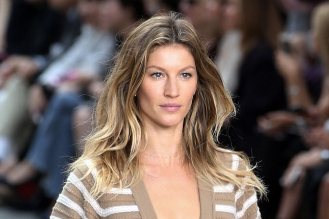 Gisele Bundchen walks the runway for Chanel at Paris Fashion week on Sept. 30, 2014. File photo by Eco Clement/UPI
