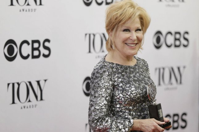 Bette Midler's on-stage tumble shows her to be 'Hello, Dolly!' trouper