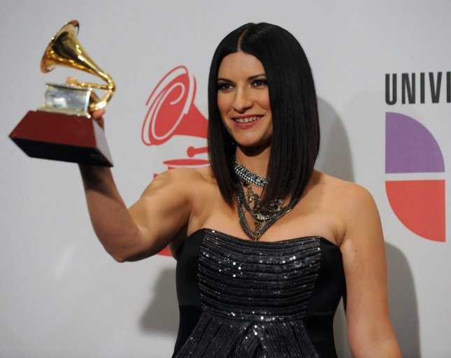 Laura Pausini appears backstage with the best female pop vocal album award she garnered at the 10th annual Latin Grammy Awards in Las Vegas, Nevada on November 5, 2009. UPI/Jim Ruymen