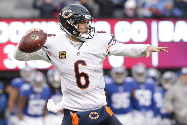 Chicago Bears' Jay Cutler throws a pass in the second half against the New York Giants in week 11 of the NFL at MetLife Stadium in East Rutherford, New Jersey on November 20, 2016. The Giants defeated the Bears 22-16. Photo by John Angelillo/UPI