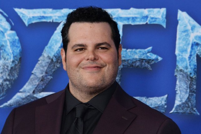 Josh Gad reached out to Murphy, a contestant on American Idol, following the singer's elimination in Season 19. File Photo by Jim Ruymen/UPI
