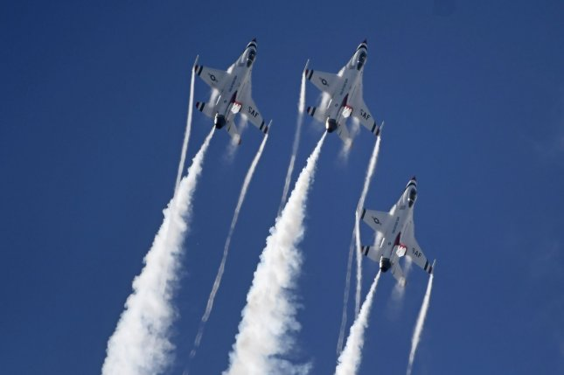 The USAF Thunderbirds perform at the first Lockheed Martin Space and Air Show in Sanford, Fla., Saturday. Photo by Joe Marino/UPI