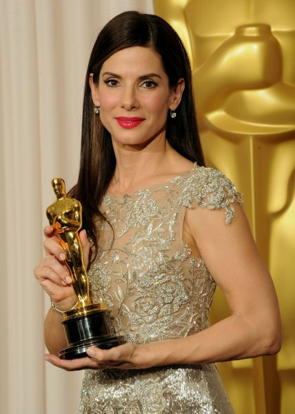 Best Actress Sandra Bullock appears backstage with her Oscar for work in The Blind Side at the 82nd annual Academy Awards in Hollywood on March 7, 2010. UPI/Jim Ruymen
