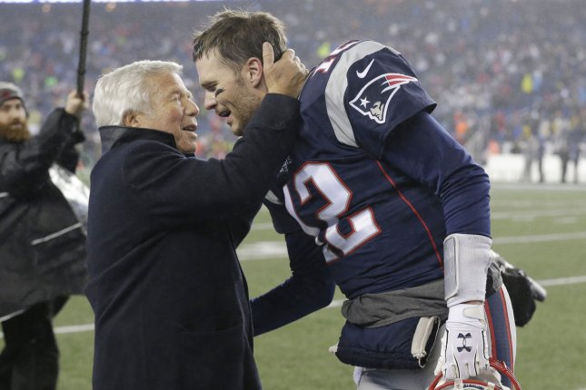 Bill Belichick did not want to talk about Tom Brady's hand injury