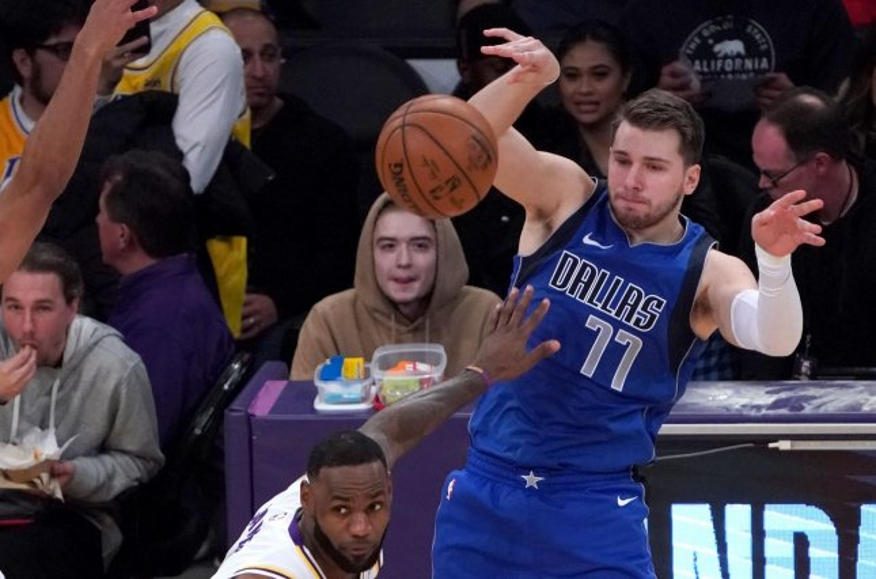 Dallas Mavericks star Luka Doncic played through the thumb injury during Friday's loss to the Miami Heat. File Photo by Jon SooHoo/UPI