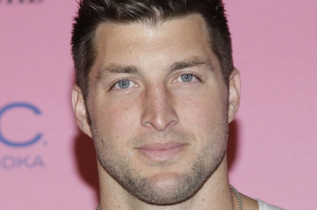 Ex-NFL WR David Anderson rips former teammate Tim Tebow