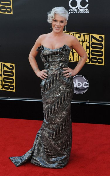 Singer Pink arrives at the 2008 American Music Awards in Los Angeles on November 23, 2008. (UPI Photo/Jim Ruymen)