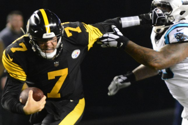 a73d0a1676f Pittsburgh Steelers quarterback Ben Roethlisberger (7) scrambles during a  game against the Carolina Panthers at Heinz Field on November 8
