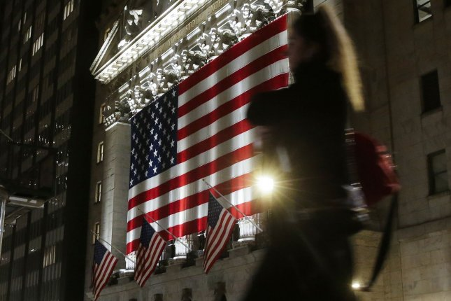 Stock futures rise in choppy trade as election race tightens