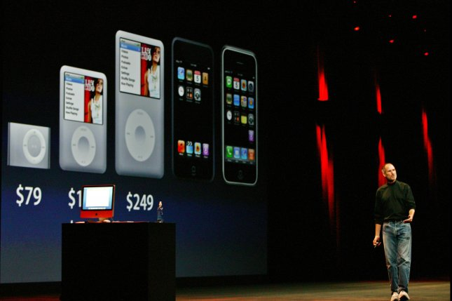 Steve Jobs, CEO of Apple Inc., unveils new iPods at the Moscone Center in San Francisco on September 5, 2007. (UPI Photo/Aaron Kehoe)