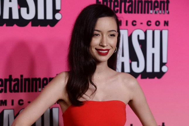 Christian Serratos Posts New Photo Of Daughter On Father S