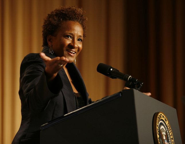 Wanda Sykes entertains the annual White House Correspondents' Association gala dinner at the Washington Hilton Hotel in Washington on May 9, 2009. (UPI Photo/Martin H. Simon/Pool)