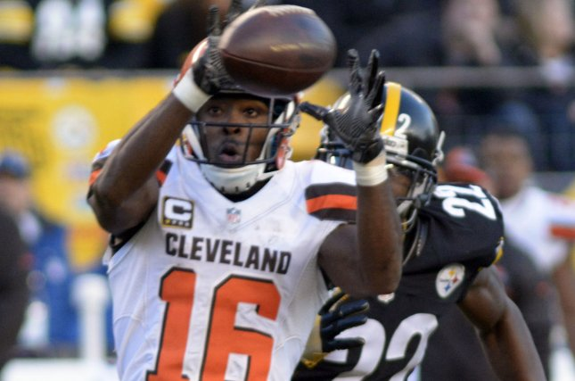 Former Cleveland Browns receiver Andrew Hawkins announces retirement