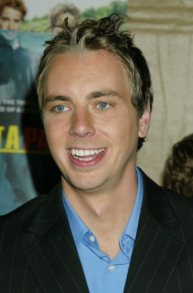 Cast member Dax Shepard poses for photographers during the premiere of the film Without A Paddle in Los Angeles on August 16, 2004. The Paramount Pictures comedy about three young guys in the Oregon wilderness opens in the US on August 20th. (UPI Photo/Francis Specker)