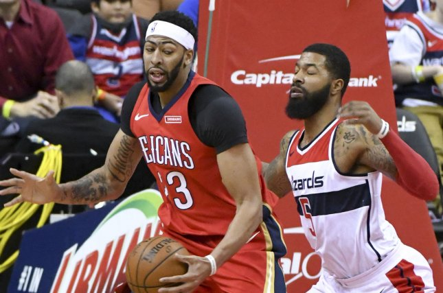 Report: Lakers offer six players for Pelicans star Davis