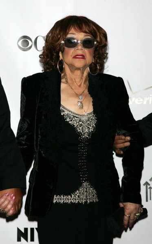 Etta James arrives at the Conde Nast Media Group Fifth Anniversary of Fashion Rocks at Radio City Music Hall in New York on September 5, 2008. (UPI Photo/Laura Cavanaugh)
