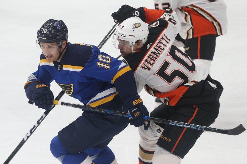 Former Anaheim Ducks forward Antoine Vermette retired from the NHL after 14 seasons Thursday. File photo by Bill Greenblatt/UPI