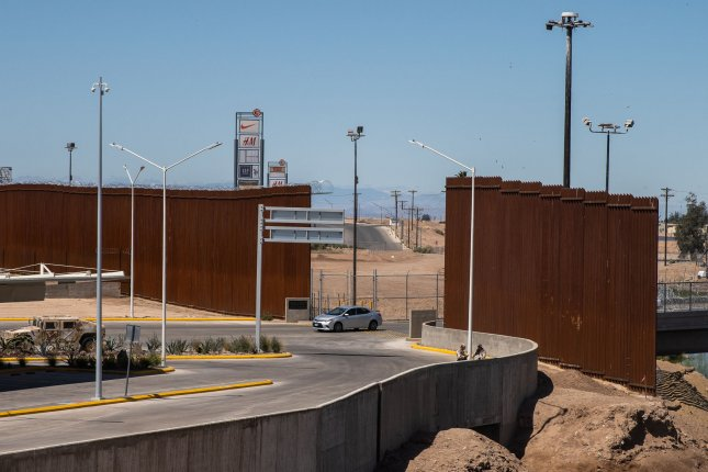 Judge rejects House Democrats' attempt to block border wall