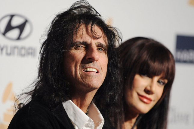 Alice Cooper, Halestorm announce North American summer tour
