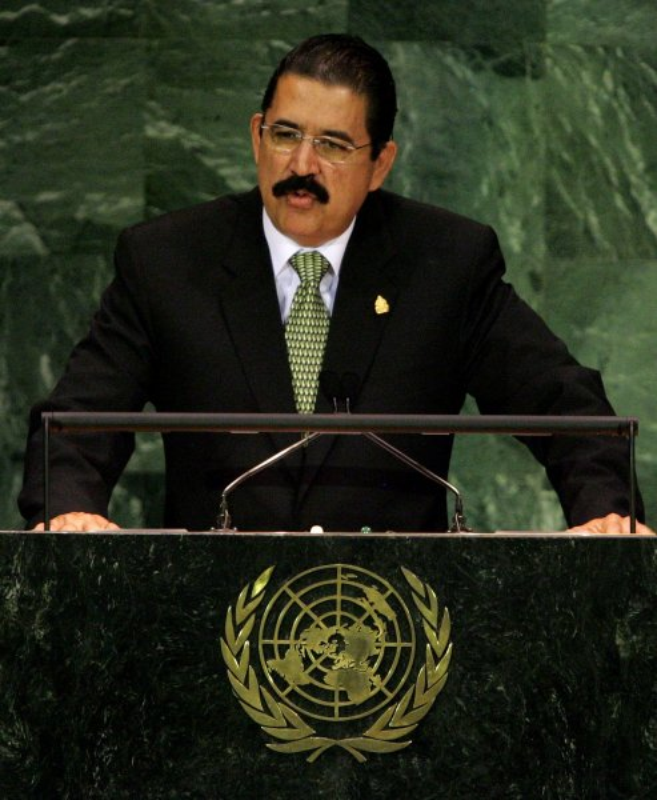 Honduras President Manuel Zelaya Rosales addresses the 62nd General Assembly at the United Nations on September 25, 2007 in New York City. (UPI Photo/Monika Graff)