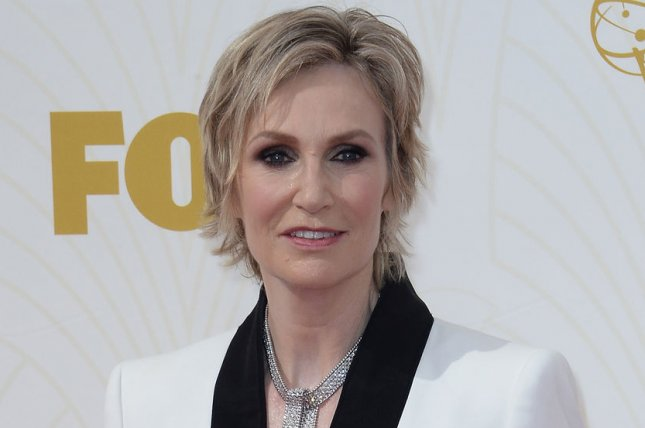 Jane Lynch arrives at the 67th Primetime Emmy Awards in Los Angeles on Sept. 20, 2015. The comic actress is to host the People's Choice Awards. File Photo by Jim Ruymen/UPI.