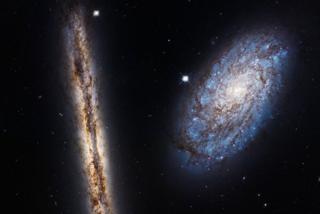 Hubble shows off galactic friends for 27th birthday celebration