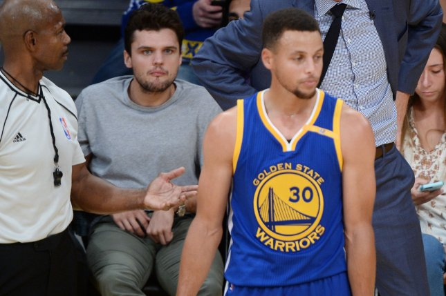 16d9c2263621 Stephen Curry wants to use his platform to help military veterans ...